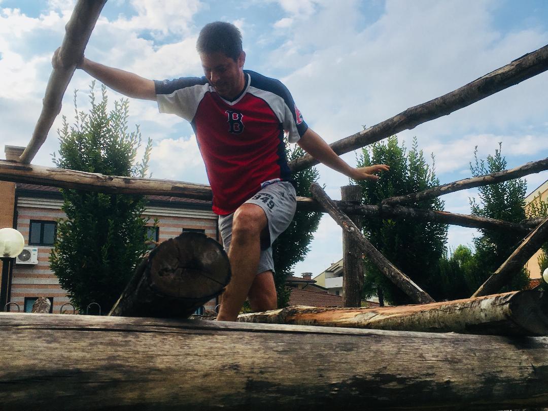 Passare attraverso l'albero dell'Officina richiede concentrazione, precisione e tanta voglia di divertirsi!